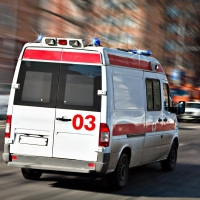 Омич угрожал врачам скорой расправой за отказ поставить укол