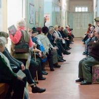 Омичи ждут своей очереди в поликлинике по три часа - ОНФ