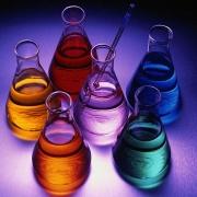"""Омичи смогут поэкспериментировать на выставке """"Химия и искусство"""""""