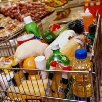Чиновники предлагают омичам питаться на 3290 рублей в месяц