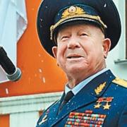 Леонов снова посетит омскую выставку техники и вооружения