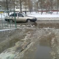 В Омске из-за прорыва трубы более 20 домов остались без воды