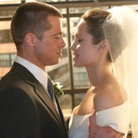 Звёздная пара Брэд Питт и Анджелина Джоли официально оформили свои отношения