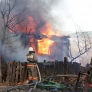 Пожилой омич оказался в реанимации после пожара