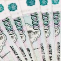 Более 27 тысяч омичей работают за гроши