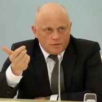Назаров провел массовое переназначение чиновников