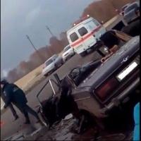 В лобовом ДТП под Омском пострадали три человека
