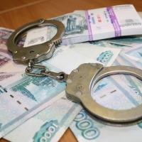 В Омске врача обвинили в мошенничестве