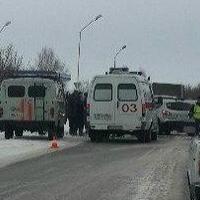 На трассе под Омском в крупном ДТП погибла женщина