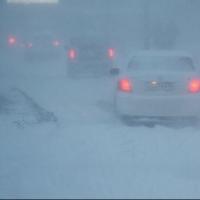 Дорожники вывезли рекордное количество снега с омских улиц