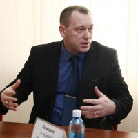 Омский депутат Ложкин назвал своих кандидатов в Совет Федерации