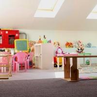 За один год в Омске планируют построить 2 детских сада