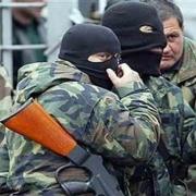 """Сепаратисты и """"вежливые люди"""" захватывают Донецкую область"""