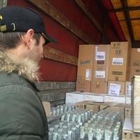 Житель Башкортостана пытался провезти в Омск 30 тысяч бутылок водки