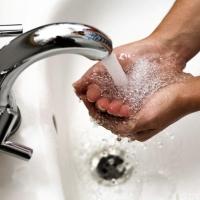 Жильцы шести домов Омска через суд добивались горячей воды