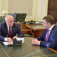 В Омске прошла первая рабочая встреча Виктора Назарова с Леонидом Коломиецем