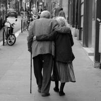 В Таре пара пенсионеров замерзла насмерть у остывшей печи