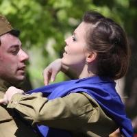 В День Победы на акции омичи станцуют с синими платочками