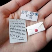Омские правоохранители изъяли письмо, пропитанное наркотиком