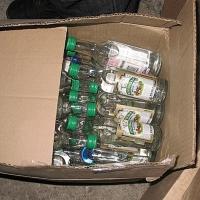 У омских полицейских пропало 800 коробок водки