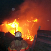 В Омске на пожаре погибли пять человек