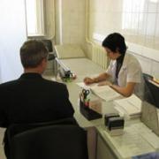 Более 70% работающих омичей нуждаются в лечении