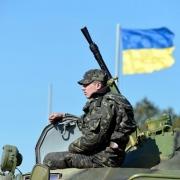 Украина вводит визовый режим и готовит войска