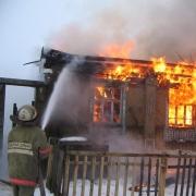 В Омской области пожарные спасли 52-летнего мужчину