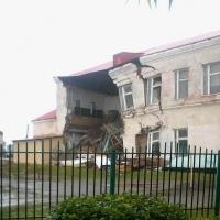 В Омской области обрушилась наружная стена школы