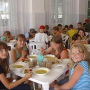 В детском лагере заболели 8 воспитанников