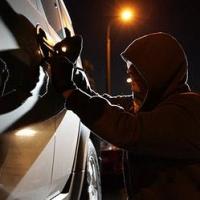 В Омске осудили любителей автомобилей премиум-класса