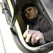 Омский пенсионер погиб под колесами автобуса