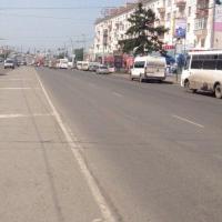 Депутаты пытались выяснить у дептранспорта Омска, почему в городе кривая разметка
