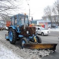 Бороться с предстоящими снегопадами в Омске будут 400 спецмашин