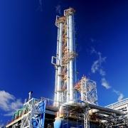 """Газпром нефть"" и ""СИБУР"" купят половину омского завода полипропилена"