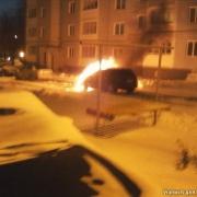В Кировском округе сгорел автомобиль