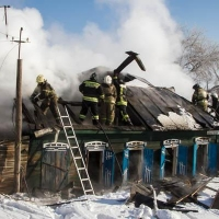 В Омске по дороге в больницу после пожара скончался 6-летний мальчик