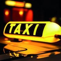 Под Омском угнали новосибирское такси, засунув водителя в багажник