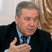 Омский экс-губернатор Полежаев не поддерживает закон о запрете усыновления детей иностранцами