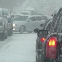 В связи с усилением морозов омских водителей попросили быть осторожными