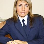 Омский губернатор назначил пресс-секретарём блондинку из суда