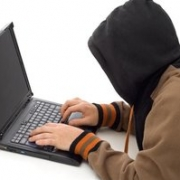 В Омске задержан мошенник, обманывающий людей в социальных сетях