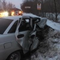 """В Омске в столкновении """"десятки"""" и Lexus погибли два человека"""