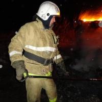 Пожар с двумя погибшими произошел в Омске из-за короткого замыкания