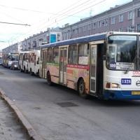 После поломки автобуса омичей бесплатно будут довозить 16 частников
