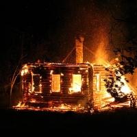 На пожаре в Омской области погибли супруги