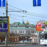 В Омске приступают к ликвидации около 600 незаконных рекламных щитов