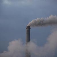 В Омске из-за неприятного запаха введен режим НМУ