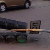 В Омске ветер повалил 14 светофоров