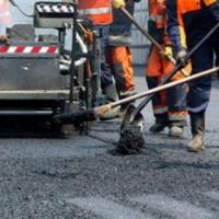 В Омске осталось 105 неотремонтированных дорог